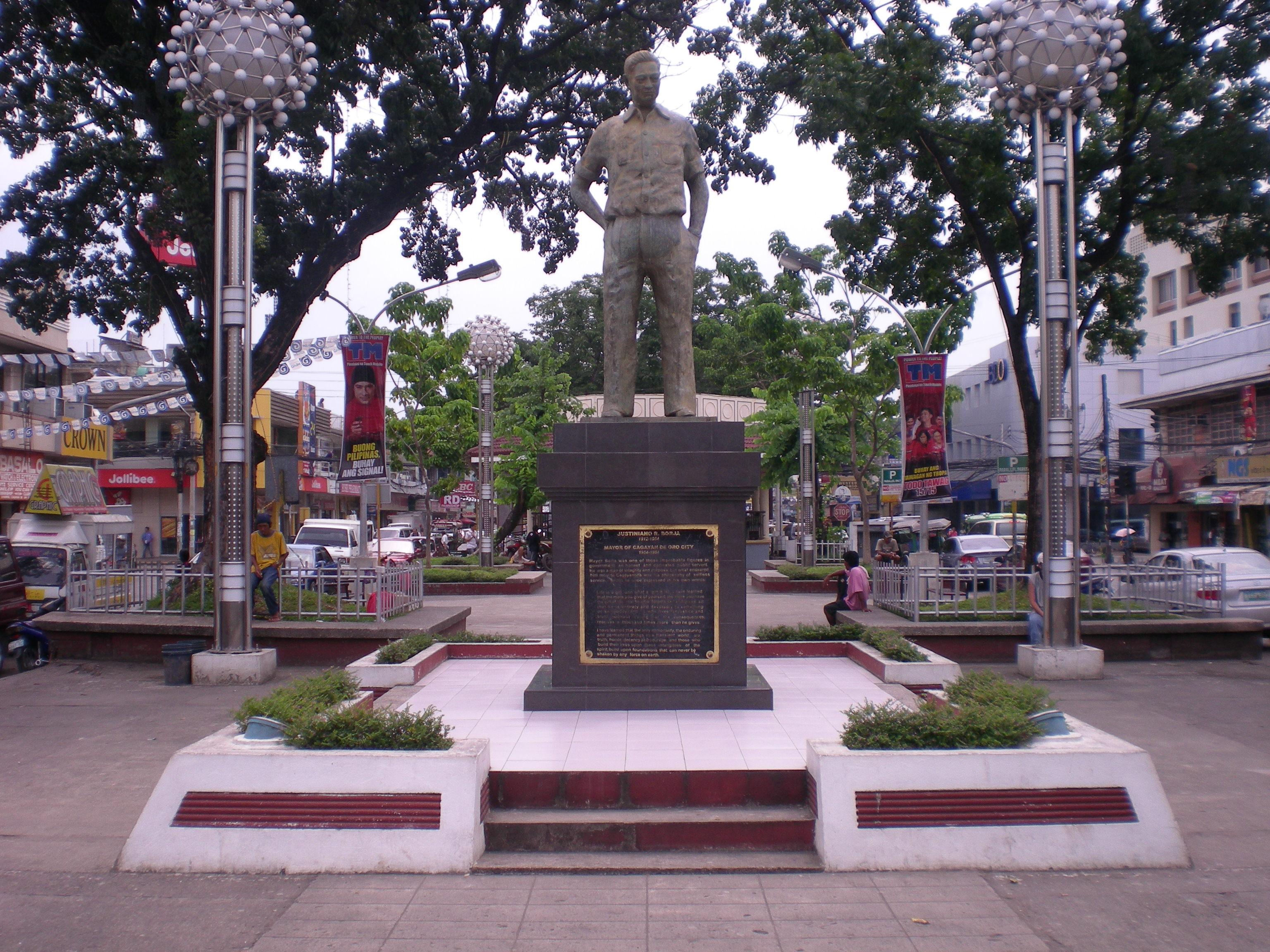 Sights & Sounds of Cagayan de Oro - The streets of Cagayan de Oro