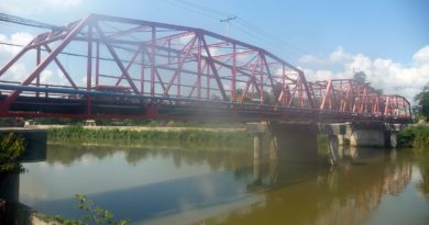 By the Carmen Bridge